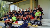 C-Junioren in Holland beim Oranje-Cup 2016! Am Donnerstagmorgen um 04.30 Uhr begann das Abenteuer Oranje-Cup in Holland. Pünktlich zur Abfahrt erschienen die 20 Spieler und 9 Erwachsenen. Während die